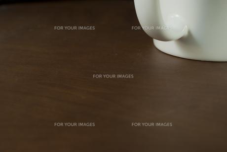 白いマグカップの写真素材 [FYI00456416]