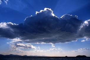 蒲郡の海の青空と光の写真素材 [FYI00456704]