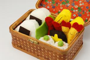 お弁当の手作りおもちゃ アップの写真素材 [FYI00456766]