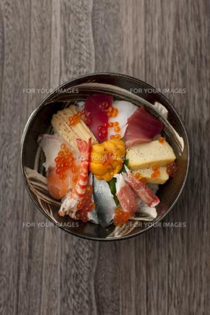 海鮮丼の素材 [FYI00457247]