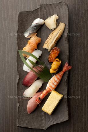 おまかせにぎり寿司の写真素材 [FYI00457257]