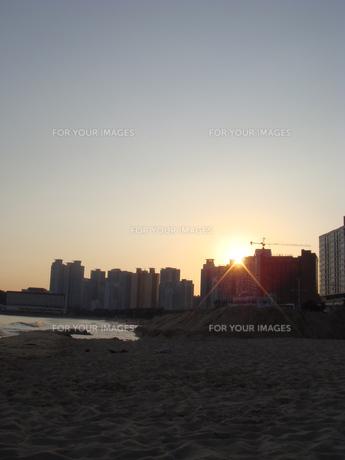 海雲台の夕暮れの写真素材 [FYI00457352]