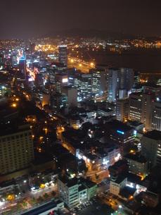 釜山タワーからの夜景の写真素材 [FYI00457360]