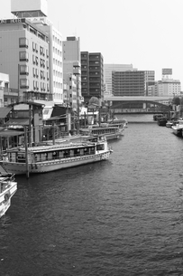 浅草の屋形舟の写真素材 [FYI00457468]