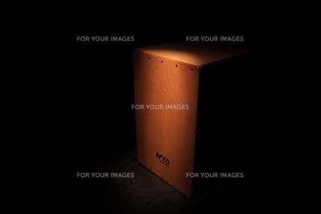 カホンの写真素材 [FYI00457634]