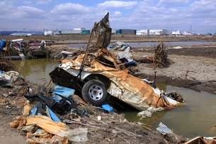 東日本大震災と津波の写真素材 [FYI00457706]