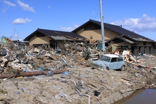 東日本大震災と津波の写真素材 [FYI00457733]