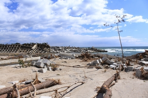 東日本大震災と津波の写真素材 [FYI00457734]