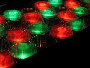 赤と緑の円形ライト2の写真素材 [FYI00459899]