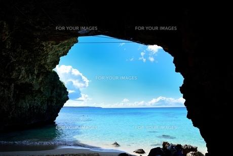岩と海の写真素材 [FYI00460885]