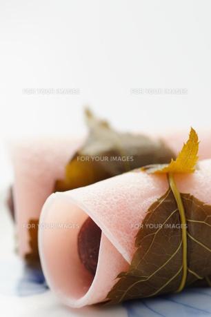 和菓子_桜餅の写真素材 [FYI00461813]