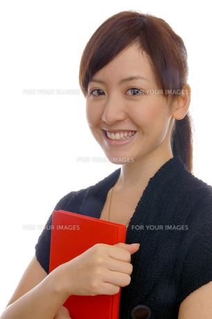 女性のポートレートの写真素材 [FYI00464018]