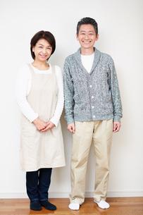笑顔の中年夫婦の写真素材 [FYI00466786]
