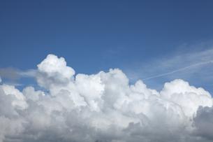 青空と入道雲の写真素材 [FYI00469461]