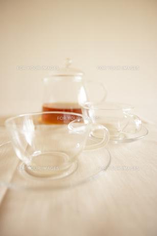 透明なティーカップセットの写真素材 [FYI00470527]