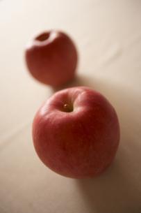 二個の林檎の素材 [FYI00470633]