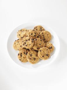 お皿に置いたクッキーの集合の素材 [FYI00470754]