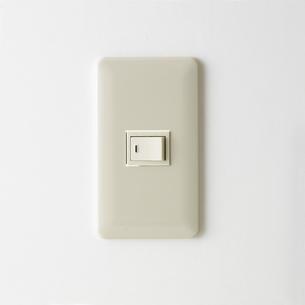 正面から見た電気スイッチの写真素材 [FYI00471161]