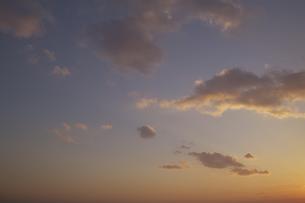 夕焼けと雲の写真素材 [FYI00471213]