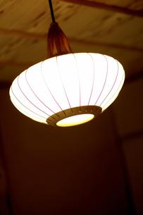 和室の照明の写真素材 [FYI00471216]