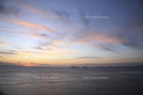 朝の海の写真素材 [FYI00473877]