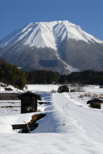 大山の大ノ沢の写真素材 [FYI00473959]