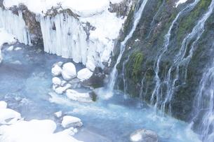 冬の白髭の滝の写真素材 [FYI00474469]