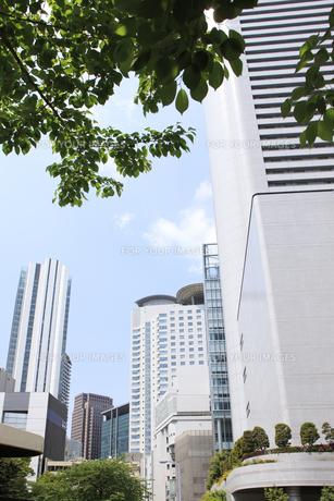 大阪市北区のビル街の写真素材 [FYI00474785]