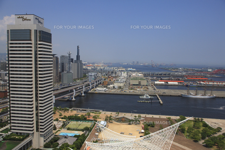 ポートタワーから見える神戸の街並の素材 [FYI00475135]