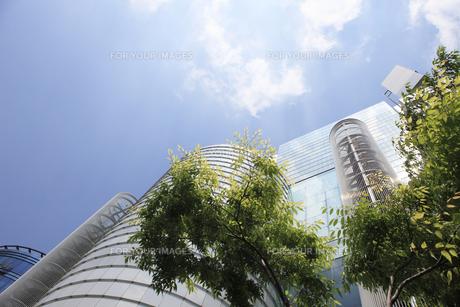 大阪市北区のビル街の写真素材 [FYI00475192]