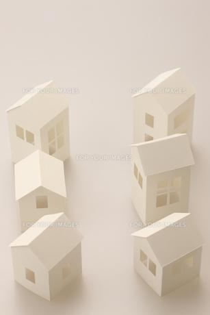紙の家の写真素材 [FYI00475199]
