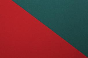 赤と緑の紙の写真素材 [FYI00475234]