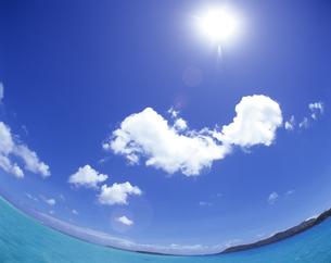 海と水平線と空の写真素材 [FYI00475619]