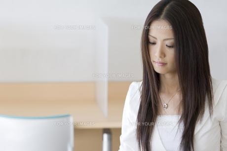 日本人女子大生の写真素材 [FYI00476531]