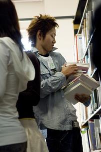 図書室の写真素材 [FYI00476576]