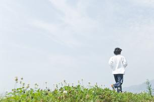 ジョギングをする男性の写真素材 [FYI00476620]