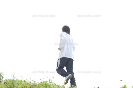 ジョギングをする男性の素材 [FYI00476632]