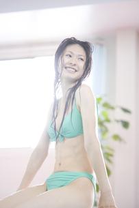 水着姿の女性の写真素材 [FYI00476649]