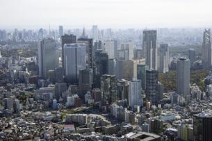 新宿副都心周辺の空撮の写真素材 [FYI00477192]
