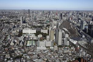 品川駅周辺の空撮の写真素材 [FYI00477379]