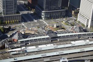 東京駅周辺の空撮の写真素材 [FYI00477483]