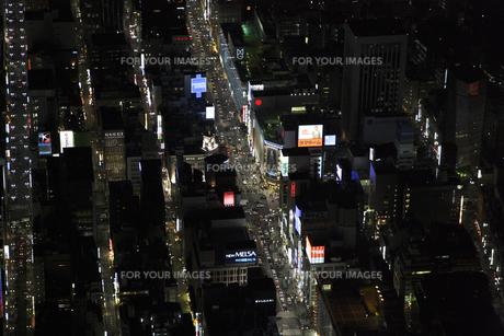 銀座中央通りの空撮の写真素材 [FYI00477774]