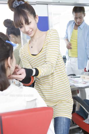 美容系の専門学生の写真素材 [FYI00478039]