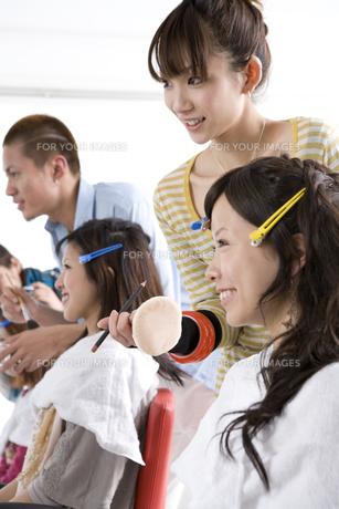 美容系の専門学生の写真素材 [FYI00478189]