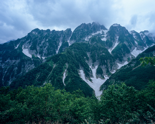 仙人小屋より剱岳を望むの写真素材 [FYI00480218]