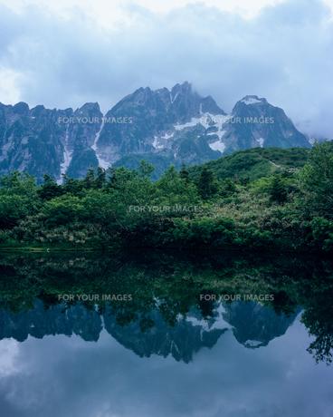 仙人池と剱岳の素材 [FYI00480219]