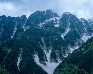 仙人小屋より剱岳を望むの写真素材 [FYI00480220]