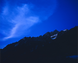 未明の剱岳の写真素材 [FYI00480223]