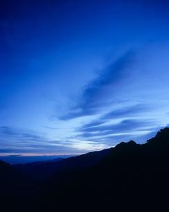 未明の北アルプスの空の素材 [FYI00480224]
