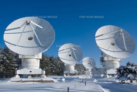電波望遠鏡の写真素材 [FYI00480297]